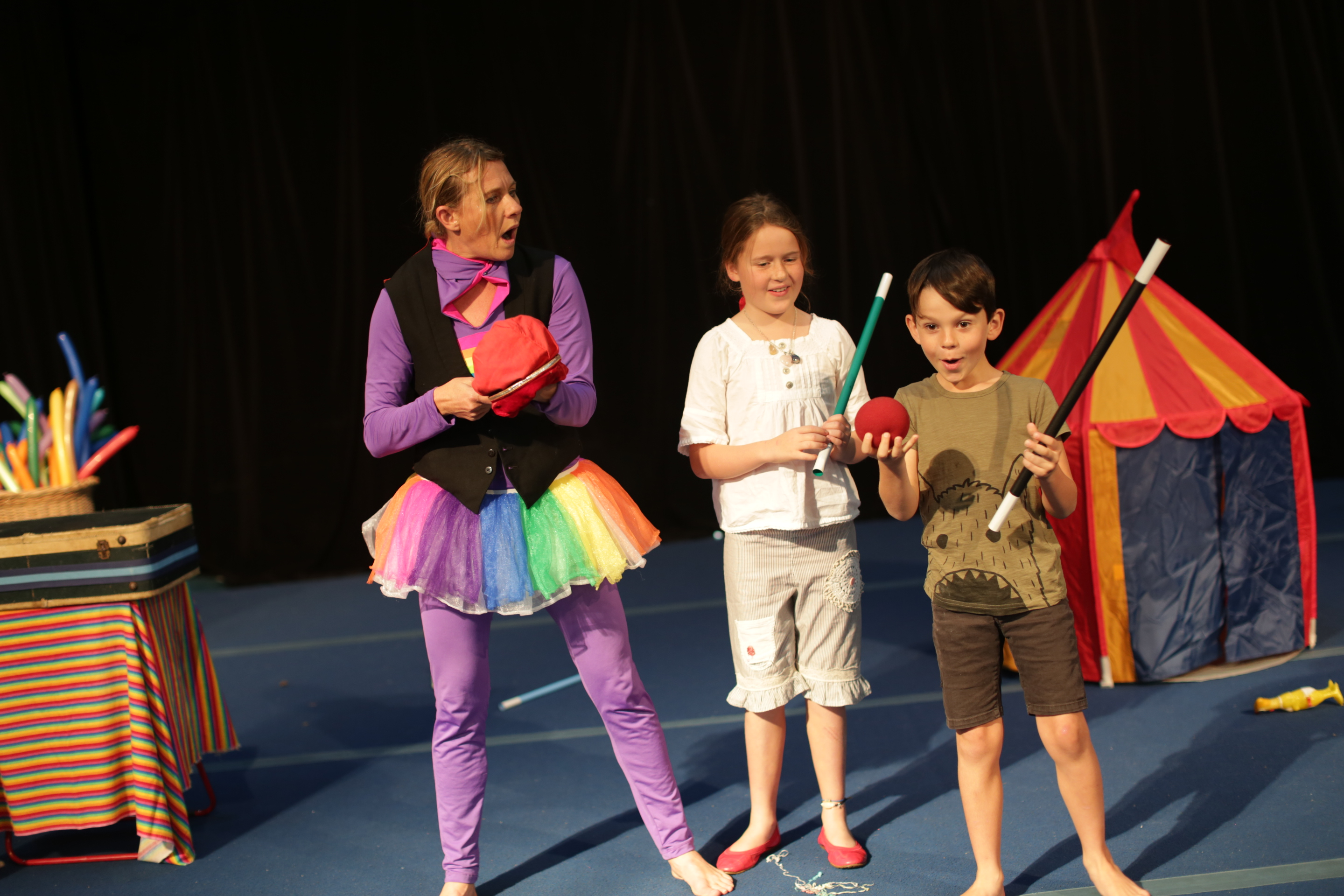 school holiday circus show fun with Imaginitis